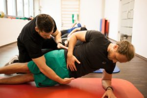 Physiotherapie und sportive Trainingstherapie für Griesstätt -Behandlung - PHYSICS
